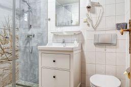 Doppelzimmer Duschbad